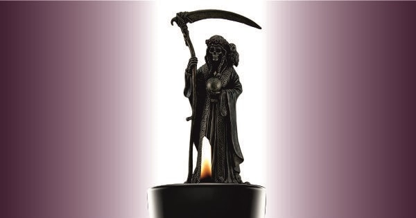 Pedir a la santa muerte