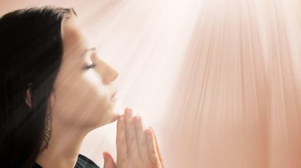 Oraciones para llamar la felicidad